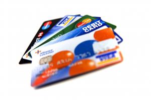 Дополнительные возможности кредитных карт